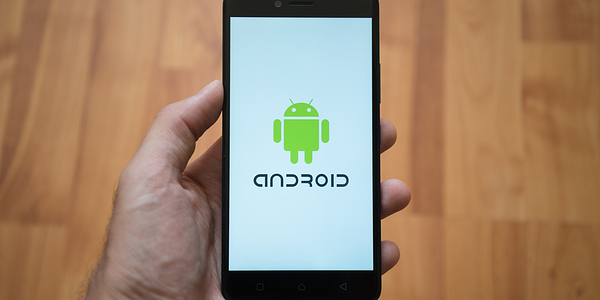 android-device-holding