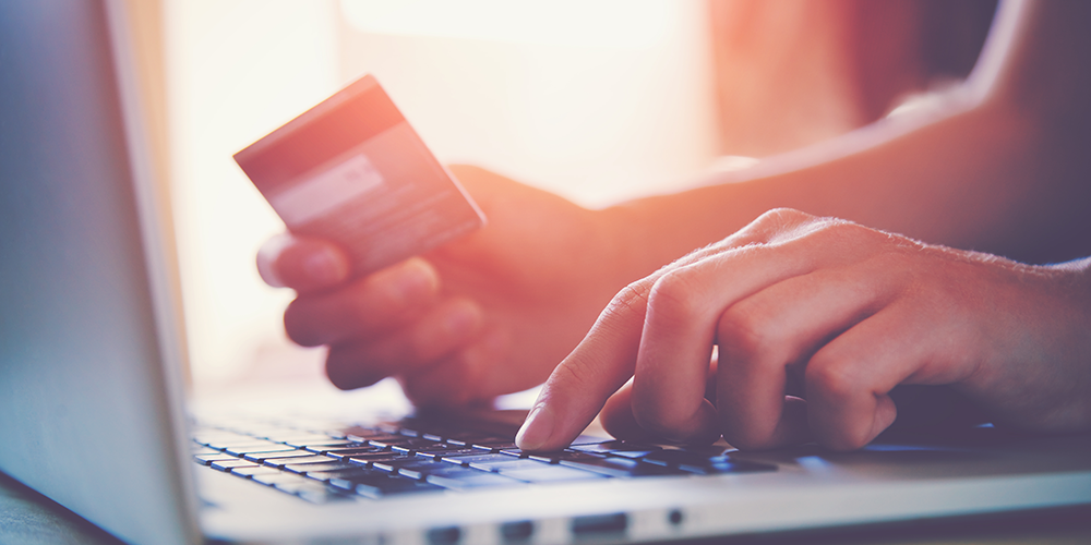 e-commerce-online-shopping-credit-card.png