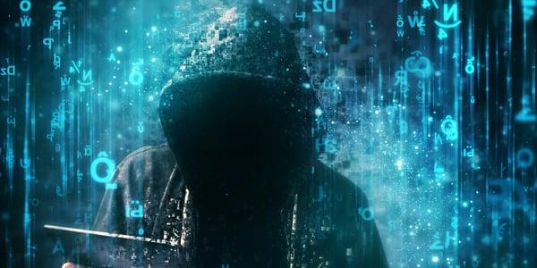 scammer-hacker-fraudster